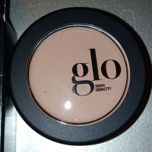 Glo skin beauty oil-free natural camouflage